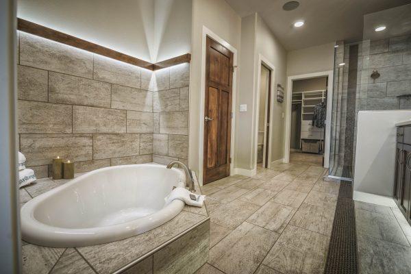 aspens-master-bath
