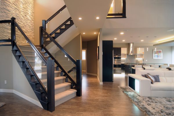 santa-monica-entry-staircase